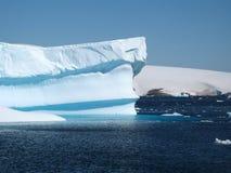 Icebergue de gelo Fotos de Stock