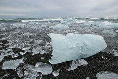 Iceblocks στην παραλία Στοκ Φωτογραφίες