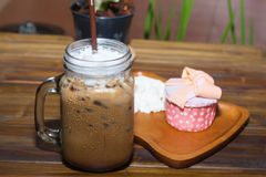 Iced coffee with blueberry cheese cake Royalty Free Stock Photography