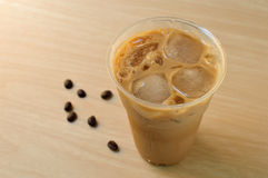 Iced coffee in takeaway cup Royalty Free Stock Photos