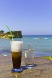 iced exotiskt för strandkaffe Arkivfoto