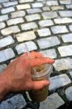 iced kaffehand Fotografering för Bildbyråer