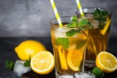 iced tea kall drinksommar Arkivfoto