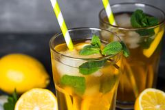 iced tea kall drinksommar Arkivbild