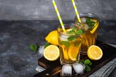 iced tea kall drinksommar Arkivbilder