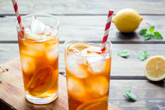 Iced tea with lemon Royalty Free Stock Images