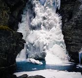 iced vattenfall Arkivbild