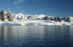 Icefall y glaciar Imágenes de archivo libres de regalías