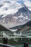 Icefield gångallé och den kanadensiska Skywalken Arkivfoto