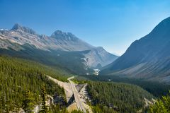 Icefield Parkway in Canadian Rockies royalty free stock photos