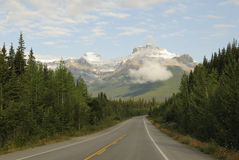 Icefields Parkway in Canadian Rockies Royalty Free Stock Photography