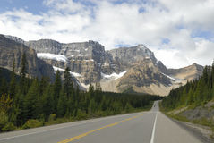 Icefields Parkway in Canadian Rockies Stock Images