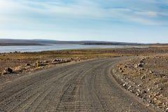 Iceland droga gruntowa przez kamienia pola i rzeki. Zdjęcia Royalty Free