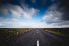 Iceland droga w odległość Zdjęcie Royalty Free