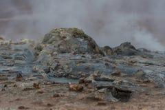 Iceland krajobraz i natura Dym od ziemi Woda przepływy Obrazy Royalty Free