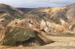 Iceland Południowy teren Fjallabak Powulkaniczny krajobraz z rhyolite Zdjęcie Stock
