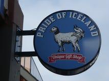Iceland sklep podpisuje wewnątrz Reykjavik zdjęcia royalty free