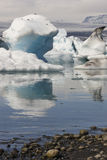 Iceland. Southeast area. Jokulsarlon. Icebergs, lake and glacier Stock Photography