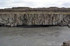 iceland Svart sandstrand nära den Dettifoss vattenfallet arkivbild