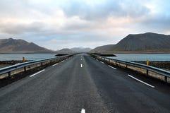 iceland väg Arkivfoton