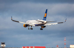 Icelandair Jet Aircraft Fotos de Stock Royalty Free