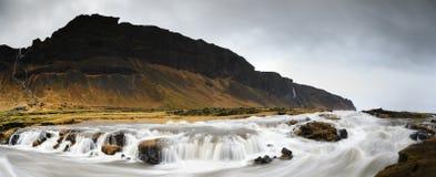 icelandic liggande Arkivfoton