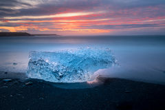 Ices on the beach at Jokulsarlon in southeast Iceland. Jokulsarlon is a large glacial lake in southeast Iceland, on the edge of Vatnajökull National Park Stock Photo