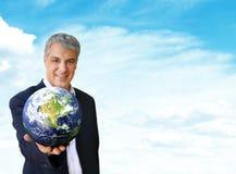 Ich gebe Ihnen die Welt Lizenzfreies Stockfoto