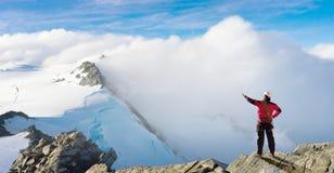Ich habe schließlich den Gipfel erreicht! Lizenzfreie Stockfotos
