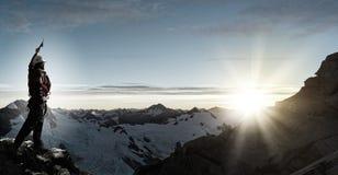 Ich habe schließlich den Gipfel erreicht! Stockbild