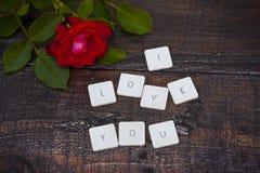 Ich liebe dich Buchstaben Stockbild