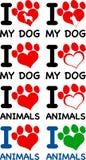 Ich liebe Tier-Text mit Herzen Paw Prints Getrennt auf Weiß Lizenzfreie Stockfotografie