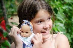 Ich und mein Schätzchenspielzeug Stockfoto