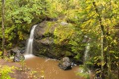 Ici et là automnes image stock