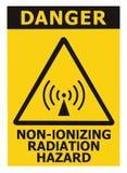 Icke-joniserande område för säkerhet för utstrålningsfara, etikett för klistermärke för tecken för faravarningstext, stor symbols arkivfoton