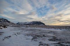 Iclandic landskap på en solig vinterdag Royaltyfri Foto