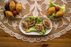 Icli-kofte/angefüllter Fleischklöschen Falafel lizenzfreies stockfoto