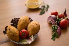 Icli-kofte/angefüllter Fleischklöschen Falafel stockbild