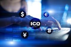ICO, αρχική προσφορά νομισμάτων Ψηφιακή ηλεκτρονική δυαδική οικονομική έννοια χρημάτων Ανταλλαγή νομίσματος Bitcoin διανυσματική απεικόνιση