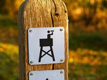 Icon sign of a birding watching tower Royalty Free Stock Photos
