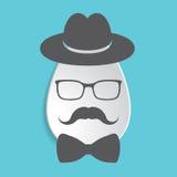 Icona del segno dell'uovo di Pasqua della carta con black hat, i baffi, farfallino e Fotografia Stock