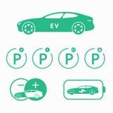 Icona dell'automobile elettrica Segnali stradali di parcheggio per l'automobile elettrica Stazione di carico di designazione Fotografia Stock
