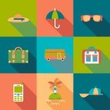 Icone colorate piano di viaggio con ombra Immagini Stock Libere da Diritti