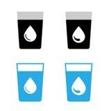 Icone del bicchiere d'acqua di vettore Immagini Stock Libere da Diritti