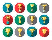 Icone del trofeo Tazza del vincitore illustrazione di stock