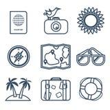 Icone del viaggio, estate nella linea stile piana Fotografie Stock