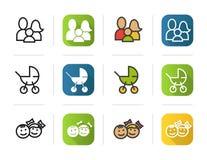 Icone della famiglia impostate Stili lineari e di colore piani di progettazione, Carrozzina, simbolo dei bambini Illustrazioni di Immagine Stock Libera da Diritti