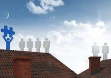 Icone della gente sui tetti con il pezzo del puzzle Fotografia Stock Libera da Diritti