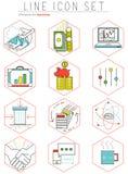 Icone della linea di business messe nella progettazione piana web Fotografia Stock