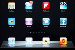Icone della maggior parte delle applicazioni popolari sul iPad di Apple Fotografie Stock